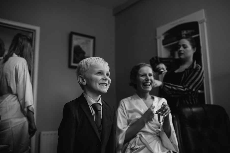006c_coolbawn_quay_wedding_photographers