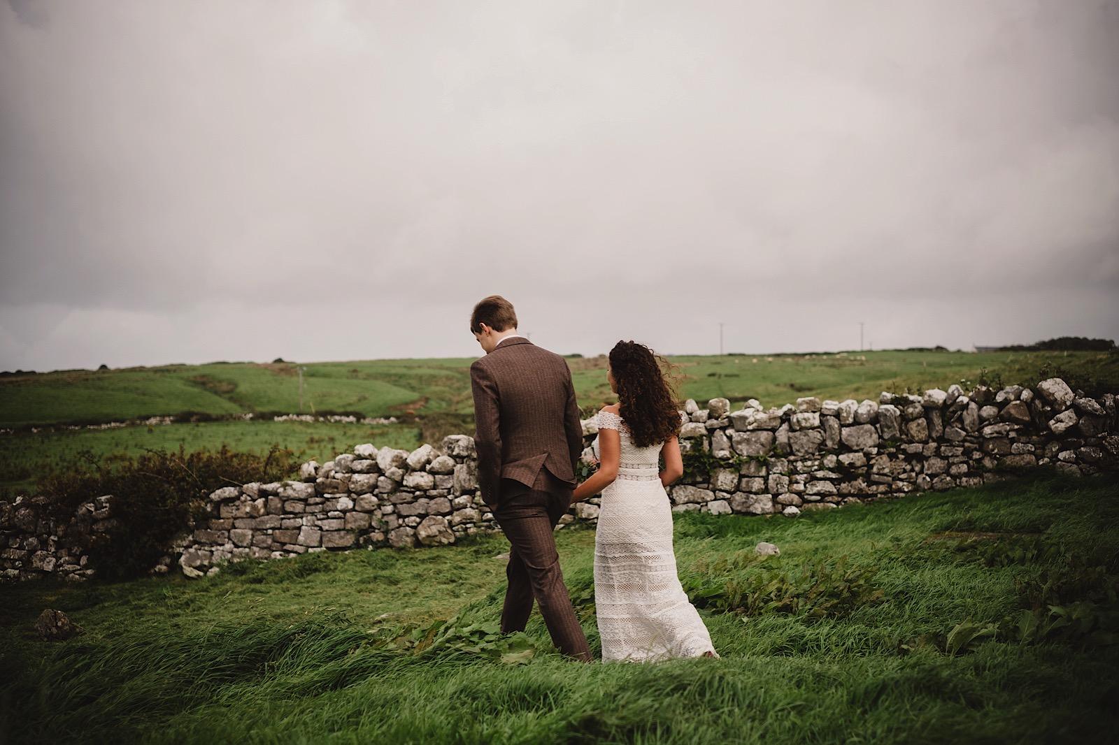 Elopement_Wedding_Ireland_Cliffs_of_moher0022