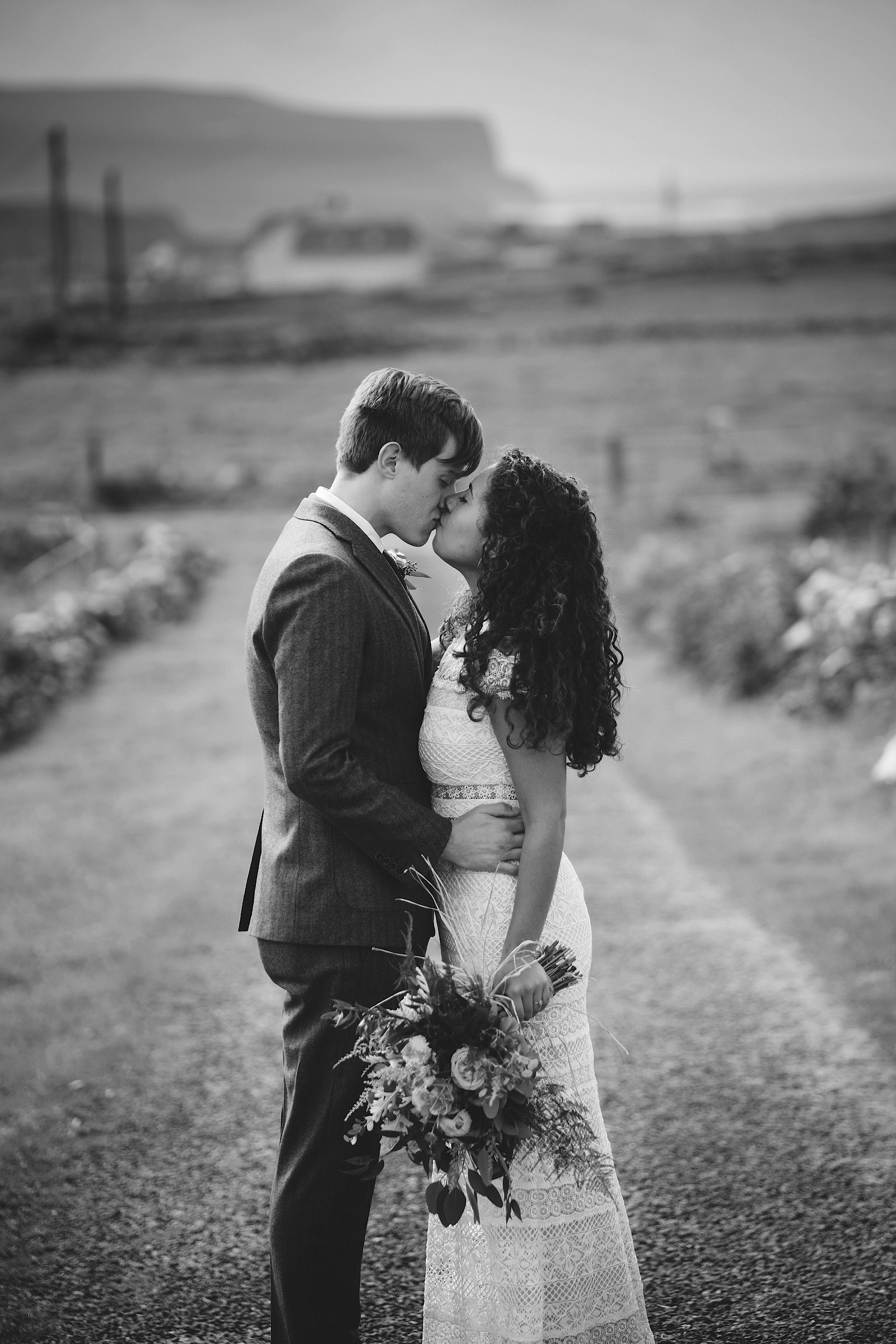 Elopement_Wedding_Ireland_Cliffs_of_moher0025