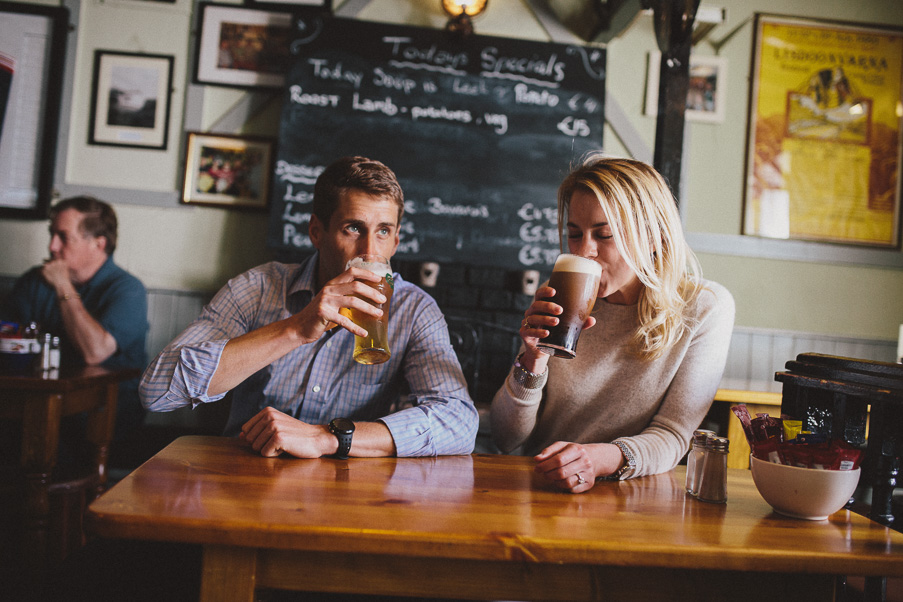 030-doolin-pub-photoshoot-couple