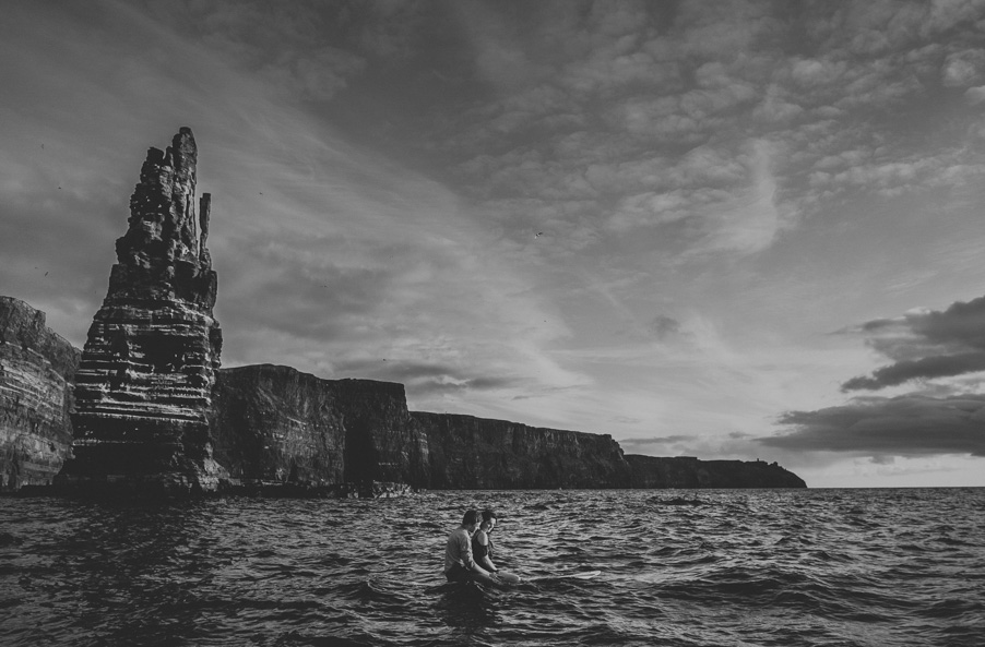 iconic image of the cliffs of moher