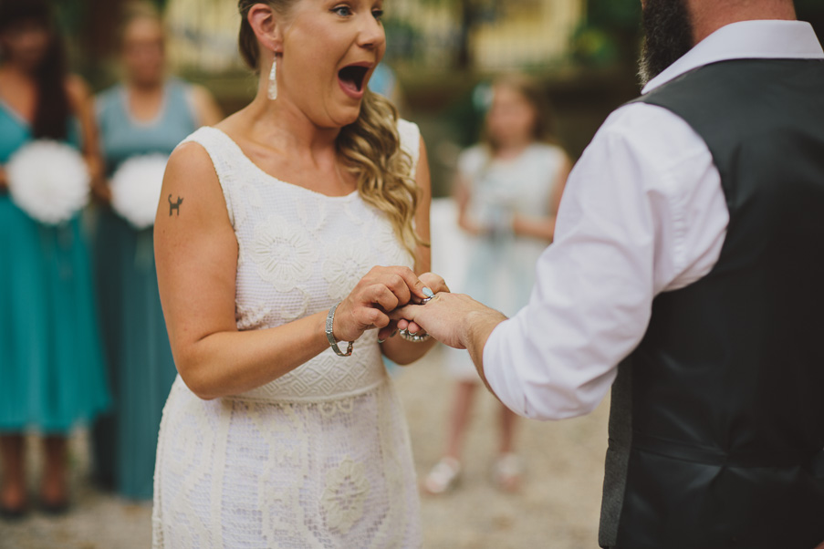 french wedding courtyard photography