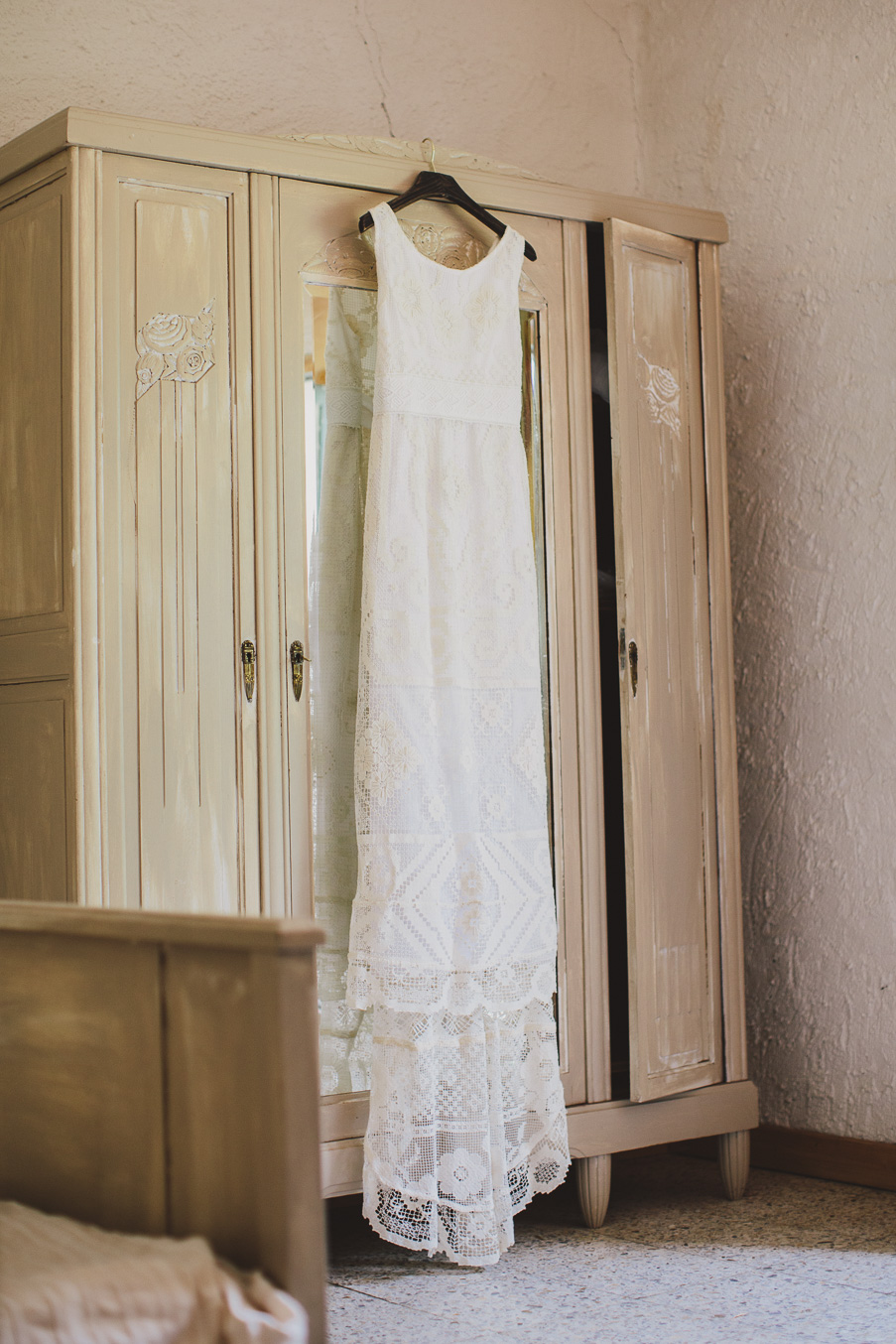 the brides dress on the wedding morning