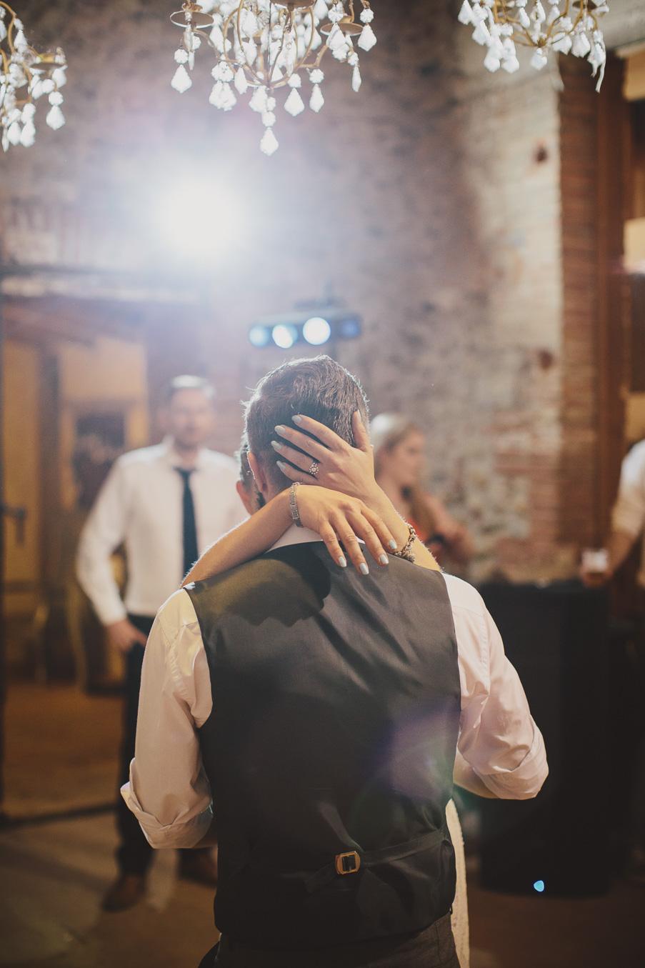 first dance romantic moment